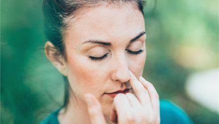 Почему одна ноздря дышит лучше, чем другая