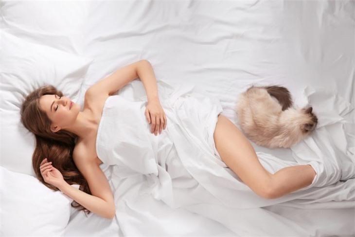 Почему женщинам нельзя спать в бюстгальтерах