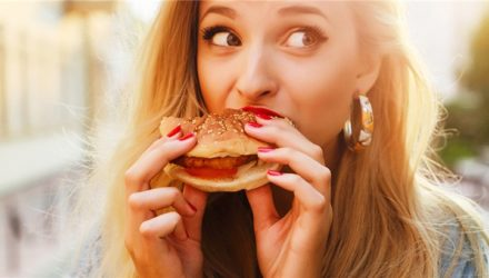 Быстрые перекусы сокращают продолжительность жизни
