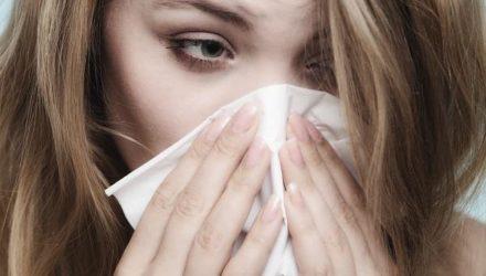 Как распознать и лечить полипы носа